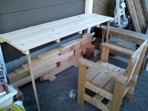 折りたたみ式テーブル 2